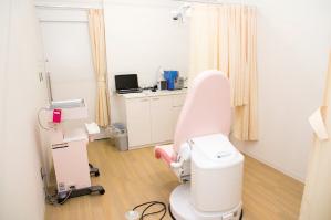 子宮がん検診室